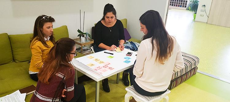 В търсене на неговите отговори се впуснаха участниците във втория модул от Практическото обучение: От CSR до създаване на споделена стойност. То се проведе на 23.10 в Limacon Event Center, а гост лектор беше Пенка Коркова, старши консултант в denkstatt България.