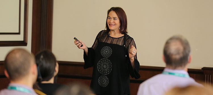 Дебра Кори беше лектор на конференцията Reinventing Organizations в Пловдив
