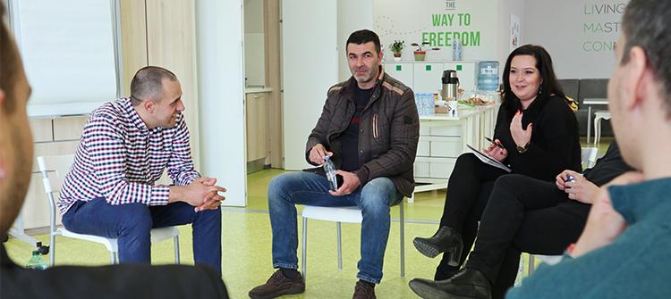 Участници в комуикационен уъркшоп с Михаил Стефанов в Limacon Event Center 3